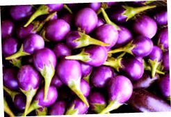 brinjal-close-up-purple-62650527